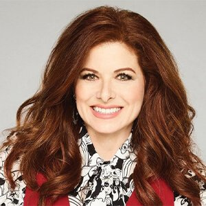 Debra Messing trying coolsculpting treatment at Ice Sculpting Clinic